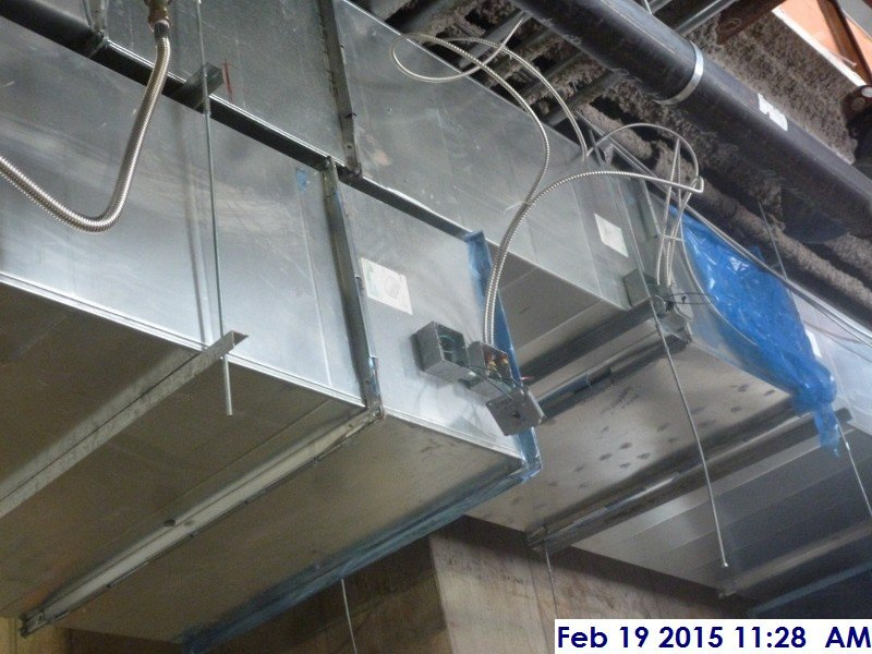 Installing motorized damper controllers at the 1st floor